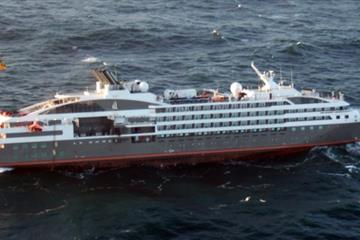 articles - passengers evacuated as engine room fire breaks out on ponant's le boréal