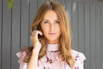 articles - millie mackintosh to officially open 2017s theyachtmarketcom southampton boat show