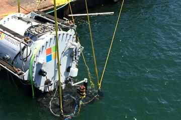 articles - microsoft tests undersea data centre