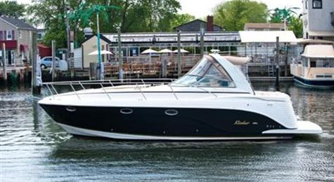 Rinker produce a wide range of boats including their Fiesta, Express Cruiser ...