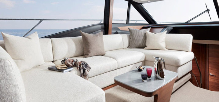 S60 - Princess Yachts - Saloon