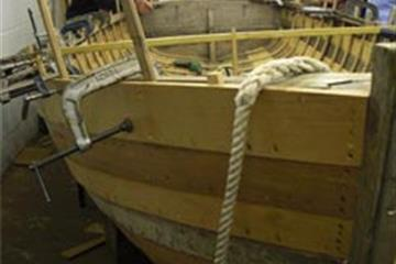 Surveyors Learn about Wooden Boats