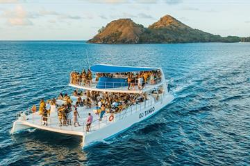articles - 10-safety-tips-to-consider-during-a-yacht-party