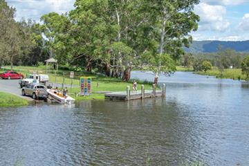 articles - how-to-use-a-boat-ramp