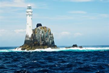 articles - fastnet - the rock and the race