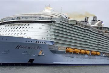 articles - harmony of the seas worlds largest cruise ship  with 23 swimming pools in southampton