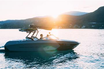 articles - 17-tips-for-proper-boating-etiquette