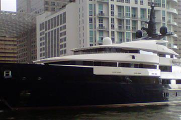 articles - who sold this mega-yacht because it was too small